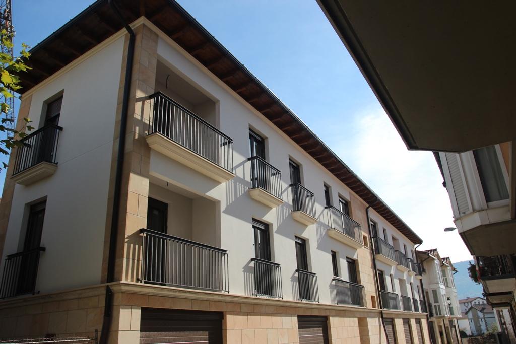 4 pisos Mundiño Kalea 26, Etxarri Aranatz