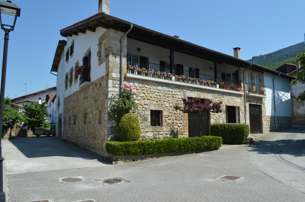 Casa San Martin 12, Urdiain